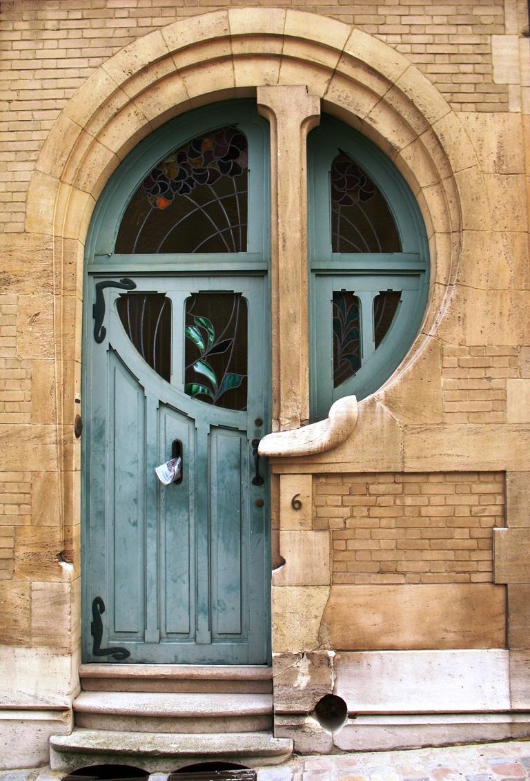 Art nouveau architecture and interior design furniture for Architecture art nouveau